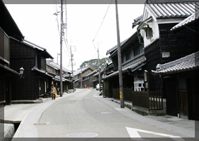 旧東海道の面影を残す有松